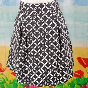 WHBM lined skirt with **pockets**